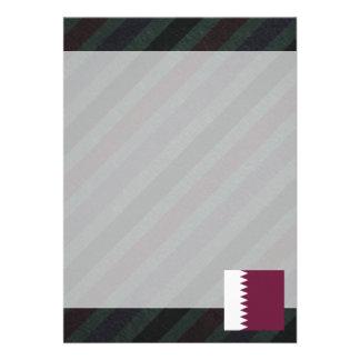 Bandeira oficial de Qatar em listras Convite 12.27 X 17.78cm