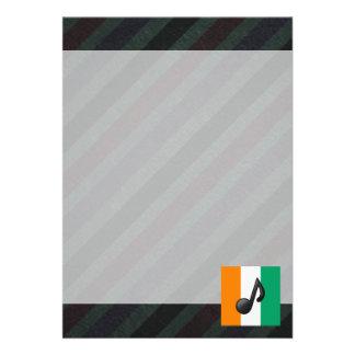 Bandeira oficial do d'Ivoire da costa em listras Convite 12.27 X 17.78cm