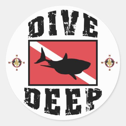 Bandeira profunda do MERGULHADOR do tubarão do Adesivo Em Formato Redondo