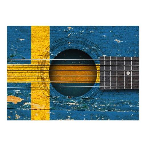 Bandeira sueco na guitarra acústica velha convites personalizado
