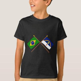 Bandeiras cruzadas de Brasil e de Pernambuco Camiseta