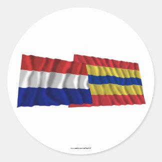 Bandeiras de ondulação de Países Baixos & de Overi Adesivo Em Formato Redondo