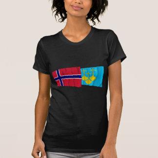 Bandeiras de ondulação de Romsdal do og de Noruega Tshirts