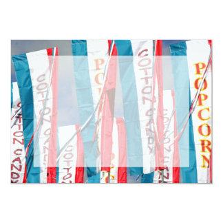 Bandeiras justas do algodão doce da pipoca convites