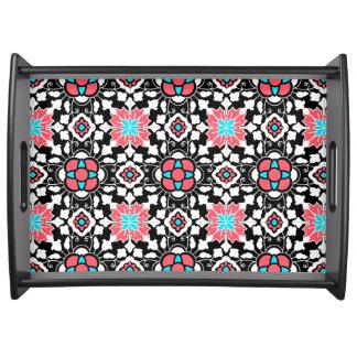 Bandeja Azulejo marroquino floral, preto, branco e rosa do