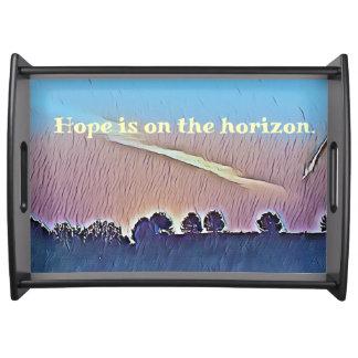 Bandeja Esperança artística nas paisagens do horizonte