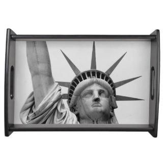 Bandeja Estátua da liberdade preto e branco