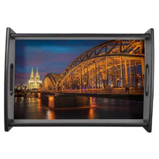Bandeja Ponte de Alemanha Hohenzollern da água de Colônia