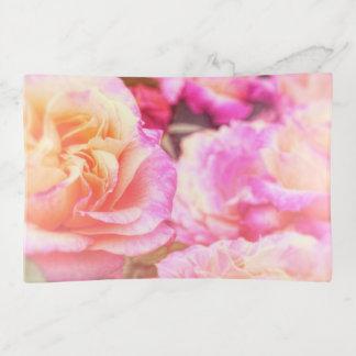 Bandejas Flores cor-de-rosa da aguarela sonhadora