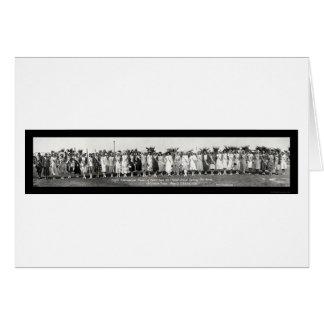 Banhando a foto 1930 da representação histórica cartoes