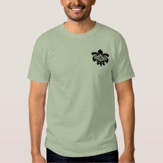 """Banzai"" - Pukas-Haena-Kauai/Havaí T-shirt"