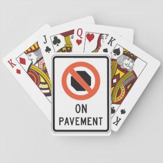 Baralho Em cartões de jogo do sinal do pavimento