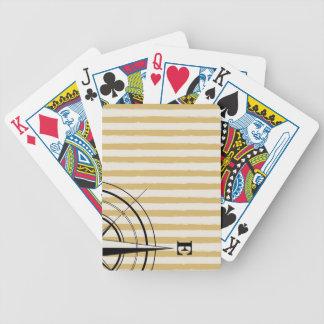 Baralhos De Pôquer O compasso náutico NSEW listra o preto do Taupe do