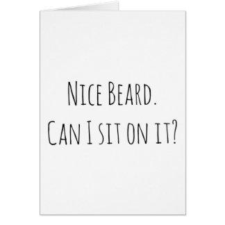 Barba agradável do cartão de aniversário do