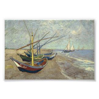 Barcos de pesca na praia impressão de fotos