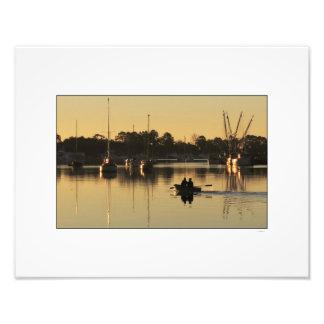 Barcos do porto de Georgetown no nascer do sol Impressão Fotográfica