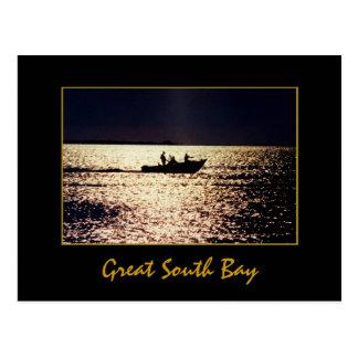 """""""Barqueiros solitários"""" no cartão crepuscular"""