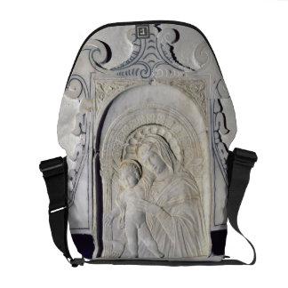 Bas-alivio de Madonna e de uma criança (mármore) Bolsas Mensageiro