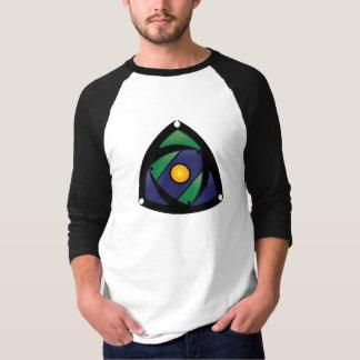 Basebol de competência T de Pena T-shirts