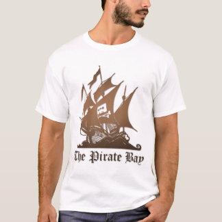 Básico a camisa da baía do pirata