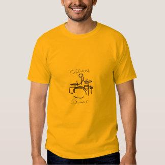 Baterista diferente um t-shirts