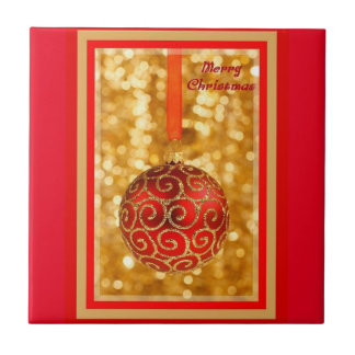 Bauble do Feliz Natal no ouro