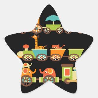 Bebê bonito dos miúdos dos presentes do trem dos adesito estrela