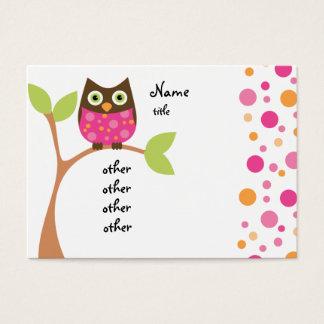 Bebê cor-de-rosa brilhante da coruja cartão de visitas