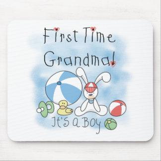 Bebé da avó da primeira vez mouse pads