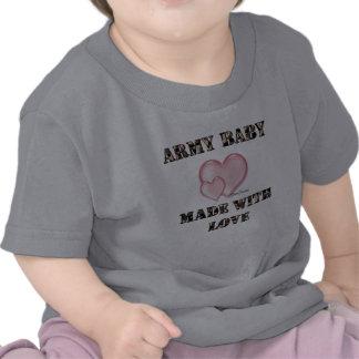 Bebê do exército feito com amor camisetas