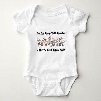 Bebê engraçado da camisa do canadense T Camisetas