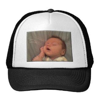 bebê leon boné
