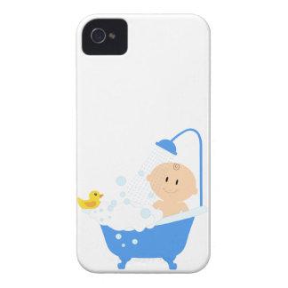 Bebé na banheira - impressão do chá de fraldas capas para iPhone 4 Case-Mate