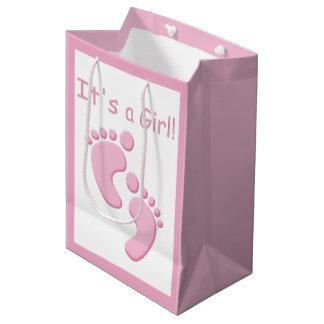 Bebé os pés pequenos é uma menina MGB Sacola Para Presentes Média