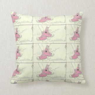 Bebé pessoal cor-de-rosa dos parabéns almofada