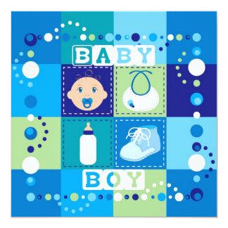 Bebê que suga o dedo do pé convite quadrado 13.35 x 13.35cm