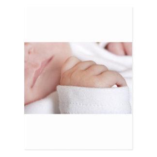 Bebé recém-nascido cartão postal