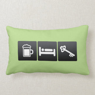 Bebida, sono e chaves travesseiros