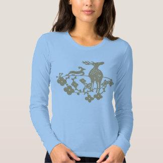 Bege macio dos cervos t-shirts
