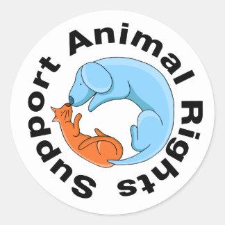 Beijando a etiqueta dos direitos dos animais do