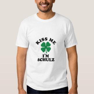 Beije-me, Im SCHULZ Tshirts