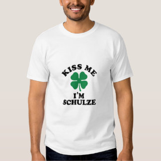 Beije-me, Im SCHULZE Tshirt