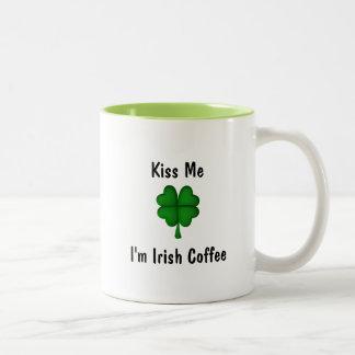 Beije-me que eu sou caneca de café irlandês