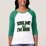 Beije-me que eu sou irlandês, camisa do Dia de São Tshirts