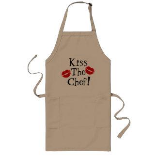 Beije o avental do cozinheiro chefe