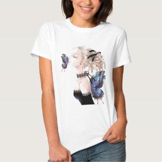 Beijo da borboleta, Daisey Van Diesel T-shirt