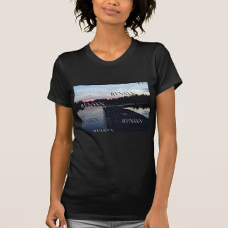 Beira do lago de GII RVNSXN Camiseta