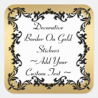 Beira preta decorativa na etiqueta do ouro