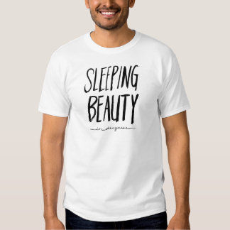 Bela Adormecida no disfarce Tshirt