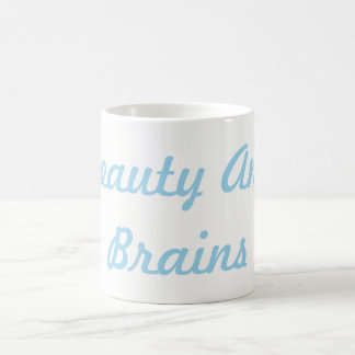 Beleza e caneca dos cérebros